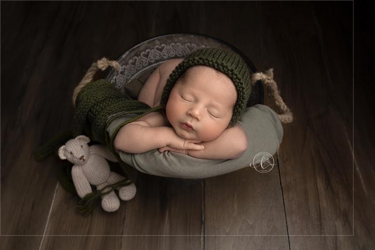 Untitled-13fine art newborn photography