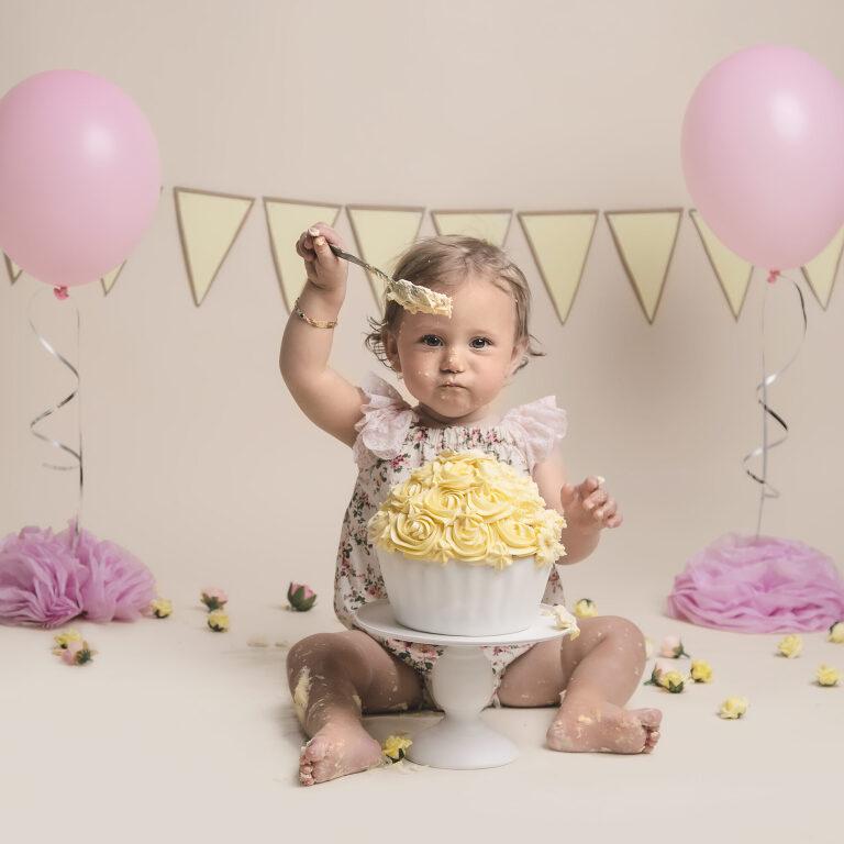 cake smash photography stockport